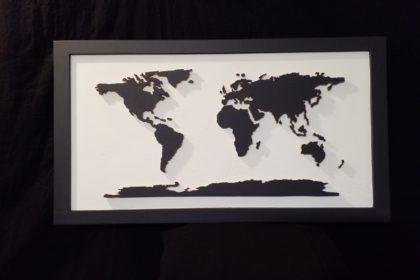 carte monde ardoise fond blanc