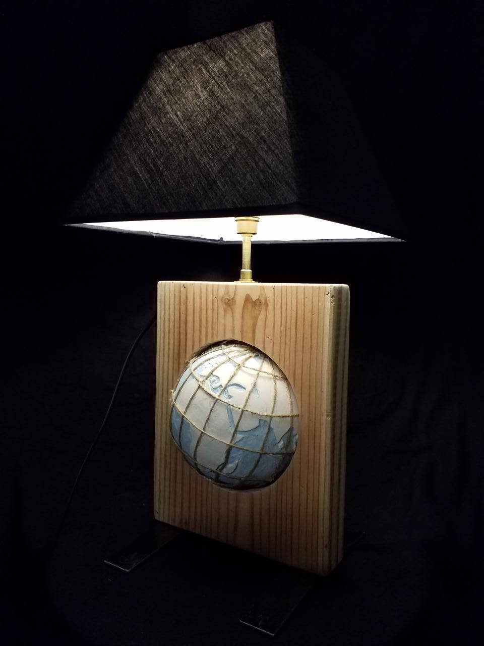 lampe-globe-abat-jour-noir